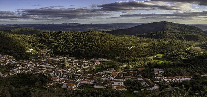 10 pueblos imprescindibles para conocer Huelva