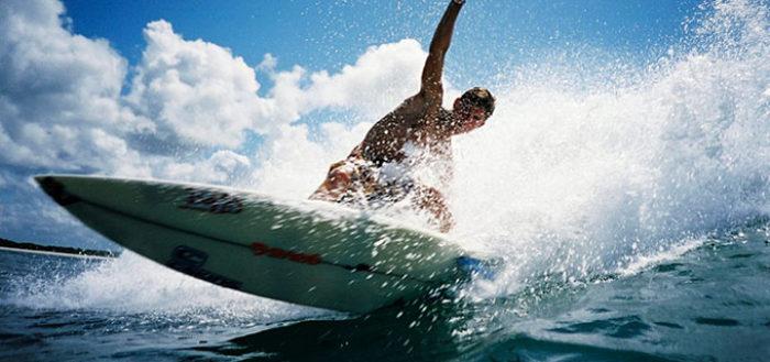 Los 5 deportes más refrescantes para practicar este verano