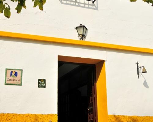 Cortijo el Barranco con senderismo